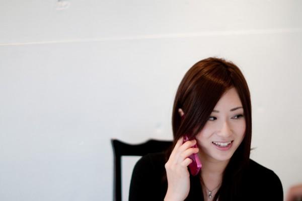【愚痴聞きサービス(お話相手サービス)】で副業・在宅ワーク!電話で愚痴を聞くビジネス・お仕事