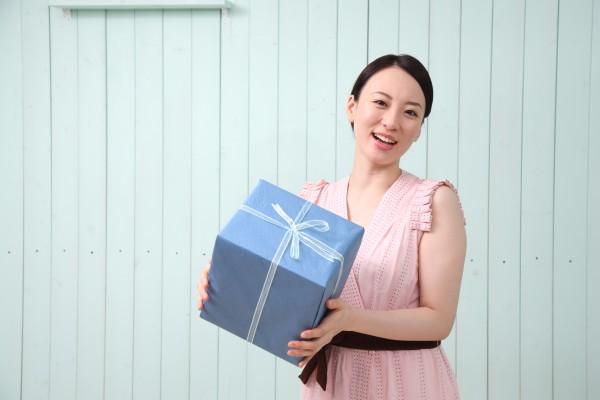 アンケートモニターサイト。AIP_ONLINE_SURVEYS_JAPAN
